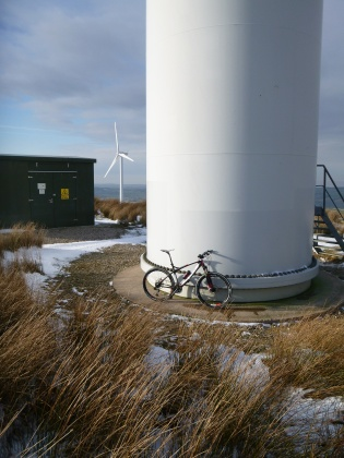 Bicycle and wind turbine